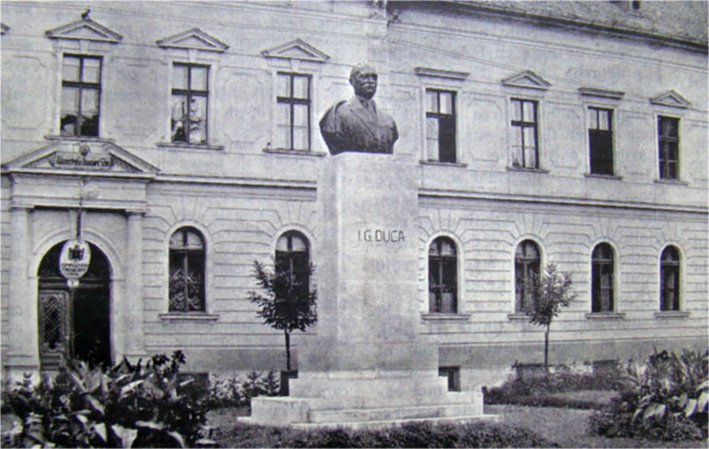 Bustul lui I.G.Duca